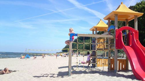 Der Strand in Koserow bieten viel Unterhaltung
